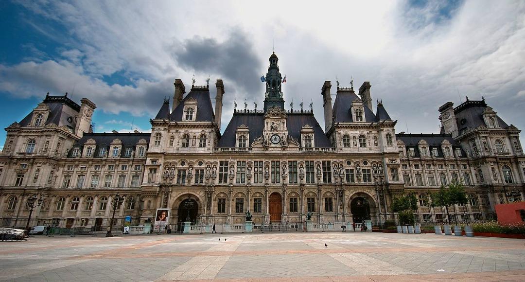 1280px-Mairie_Paris_Luc_Viatour
