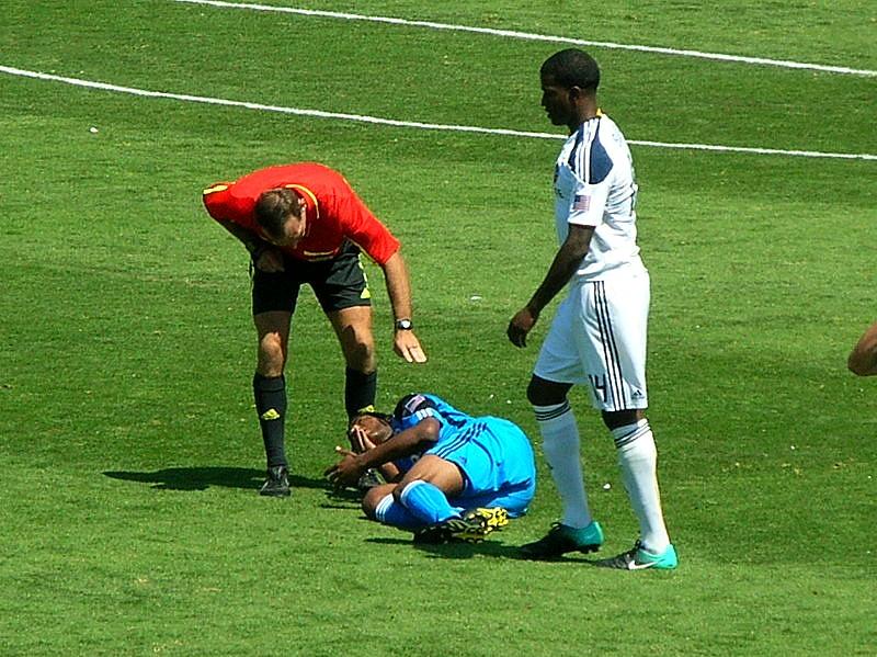 La blessure, grande peur des joueurs qui préparent le Mondial (Crédit photo : BrokenSphere, Wikimedia Commons)