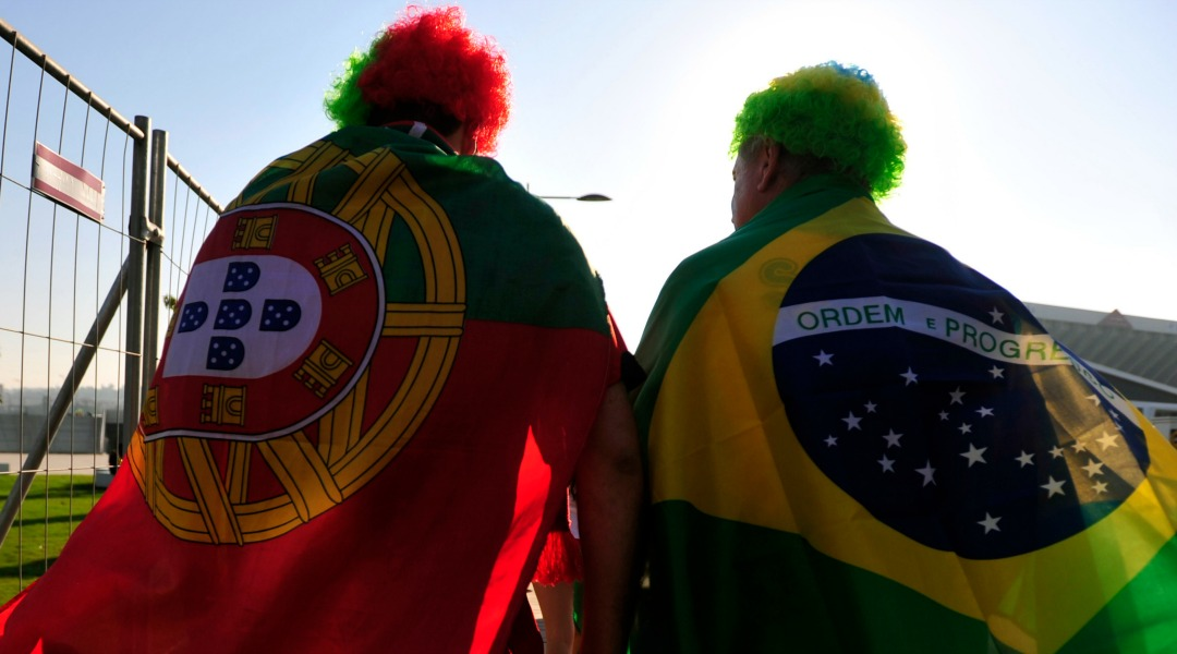 Fans_before_Brazil_&_Portugal_match_at_World_Cup_2010-06-25_9