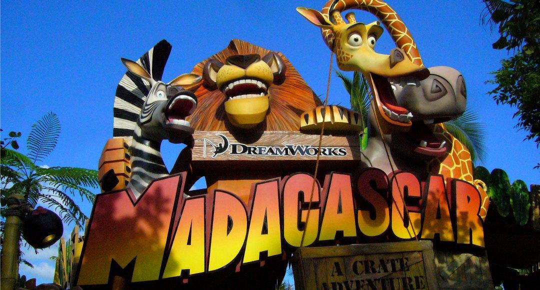Madagascar_A_Crate_Adventure_sign