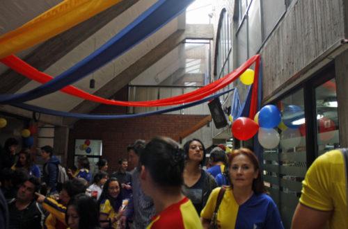 Article : ÉQUATEUR : Quito en Bleu et Jaune