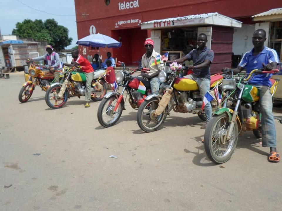 motos bouar